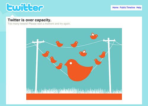 crear una cuenta en Twitter o Facebook es fundamental para compartir contenidos entre tus clientes