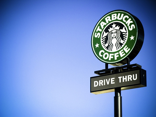 MARKETING-10.COM - Starbucks, la marca más popular en Facebook